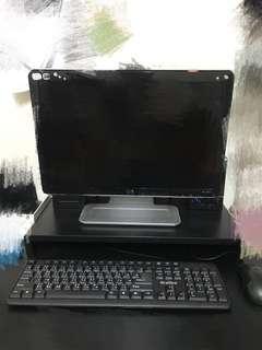 《二手》不拆賣 電腦螢幕、螢幕架、音響喇叭、鍵盤、滑鼠