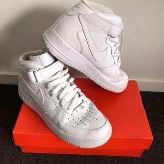 NEW Nike Air Force 1S (MINT CONDITION)