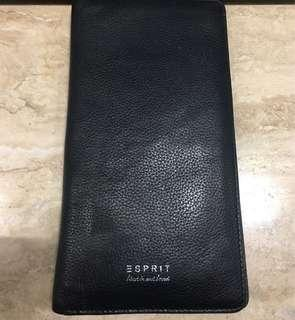 Esprit Long Wallet