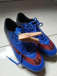 Boot/Kasut bola