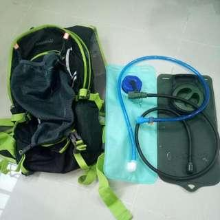 Hydration Backpack ,+2 Bladders