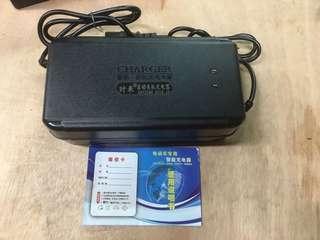 電動車充電器84 V