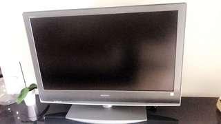 "40"" SONY LCD TV"