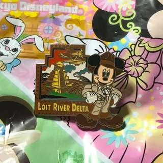 迪士尼樂園遊玩設施襟章 (Disney Pin - Lost river delta)