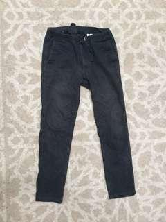 Celana Hiking Uniqlo U Hitam size S (28-30) adjustable