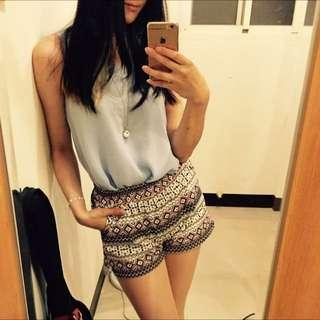 🚚 圖騰設計 棉麻材質 硬挺款式 夏季 蓬蓬短褲 鬆緊褲頭 海灘褲