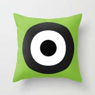🚚 MOD Target on Green Throw Pillow Cushion Cover