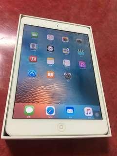 🚚 賣iPad mimi 32G.wifi板.全機包模.9成新
