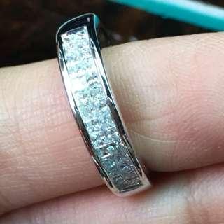 🚚 方鑽戒指