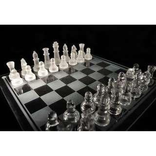Elegant antique 10inch glass crystal international chess set