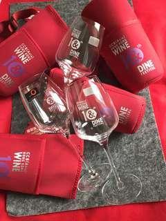 Stolzle 紅/白酒杯六隻(連2018年香港美酒佳餚10周年紅色袋)