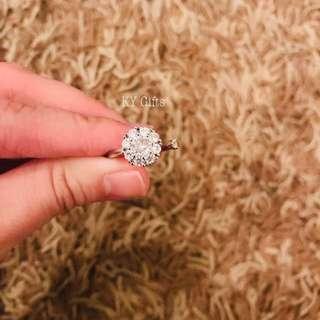 Hot Selling Spinning Diamond 💍 Rings