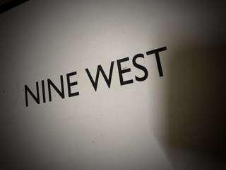 🚚 Nine West us7.5 綠色粗跟鞋