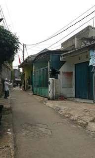 Dijual rumah berikut bangunan di Pondok Aren Tangsel.