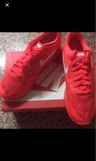 best sneakers fd9a9 b0f0c Nike air max 1 ultra flyknit size 10.5