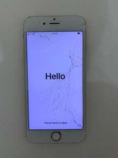 Cracked iPhone 6s in gold