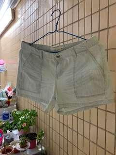 2折清屋 ~ H&M 短褲