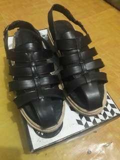 Black Platform