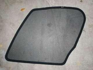 1 x used Honda Vezel magnetic window shade for front passenger window