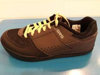 Shimano GR5 flat shoes (black)