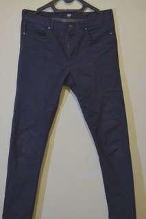 JUAL MURAH Jeans H&M warna navy blue