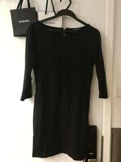 Black simple top sturdy material