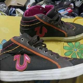 Sepatu True Relgion Size 44