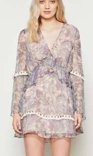 Stevie may dress