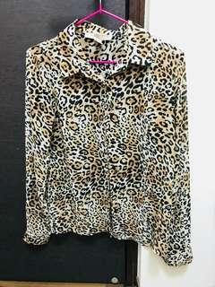 🚚 F21豹紋雪紡襯衫