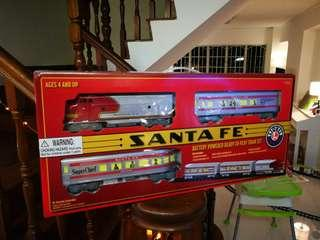 🚚 RC Toy train (Santa Fe) Lionel BRAND PERFECT FOR KIDS!