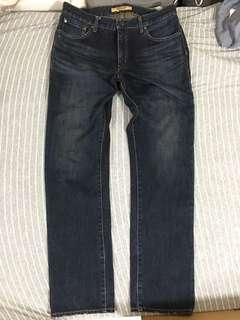 Uniqlo 牛仔褲