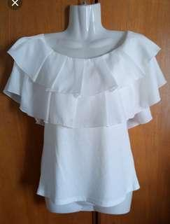 014 - White off shoulder layered top, L size