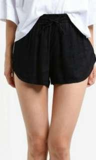 BNWT Factorie black high waist curve tassel cloth dreamer shorts