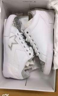 Guess sneakers shoes