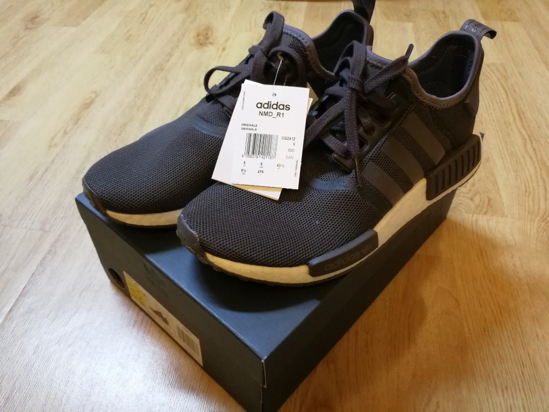 huge discount 38eaa 72453 Adidas NMD R1, Men s Fashion, Footwear, Sneakers on Carousell