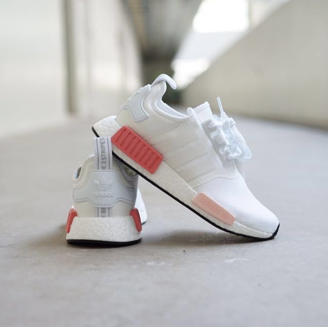 Adidas NMD R1 White Rose 31aac26c9