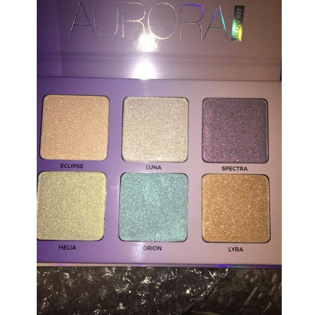 ANASTASIA BEVERLY HILLS Glow Kit - Aurora Brand New & Authentic (NO SWAPS, PRICE IS FIRM)