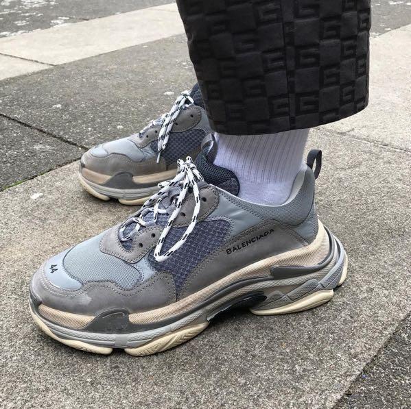balenciaga triple s sneakers weight off 55%