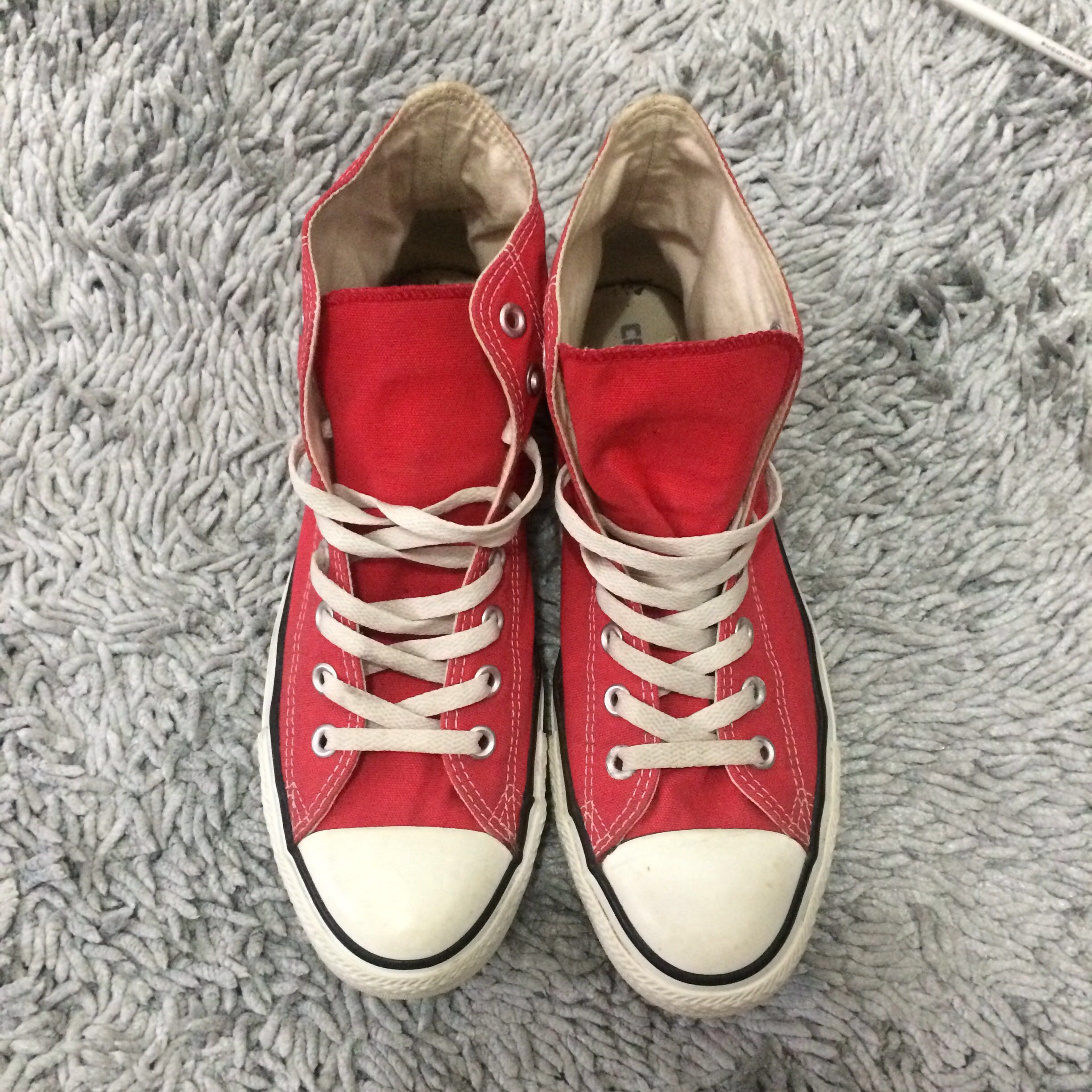 Converse Hi Top Merah Chuck Taylor All Star High Shoes Mens Fashion Footwear Sneakers On Carousell