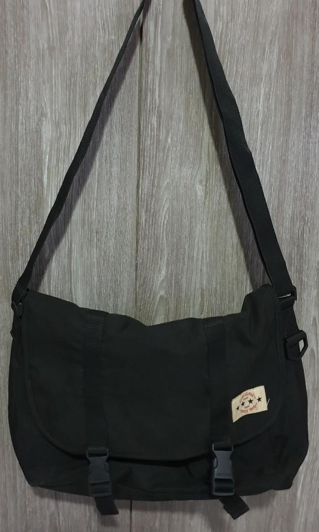 0b71f4b32748 Converse sling bag