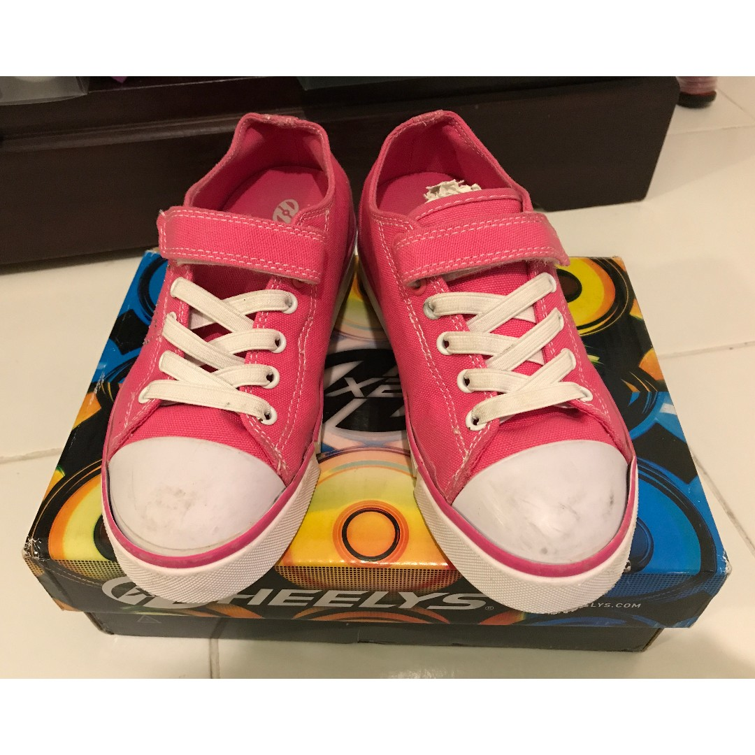 7e432b9a057 Kids Pink Heelys Roller Trainers Size USA 2 (Youth)