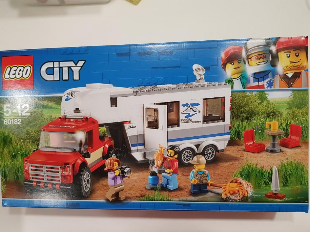 Lego City 60182 Pickup and Caravan
