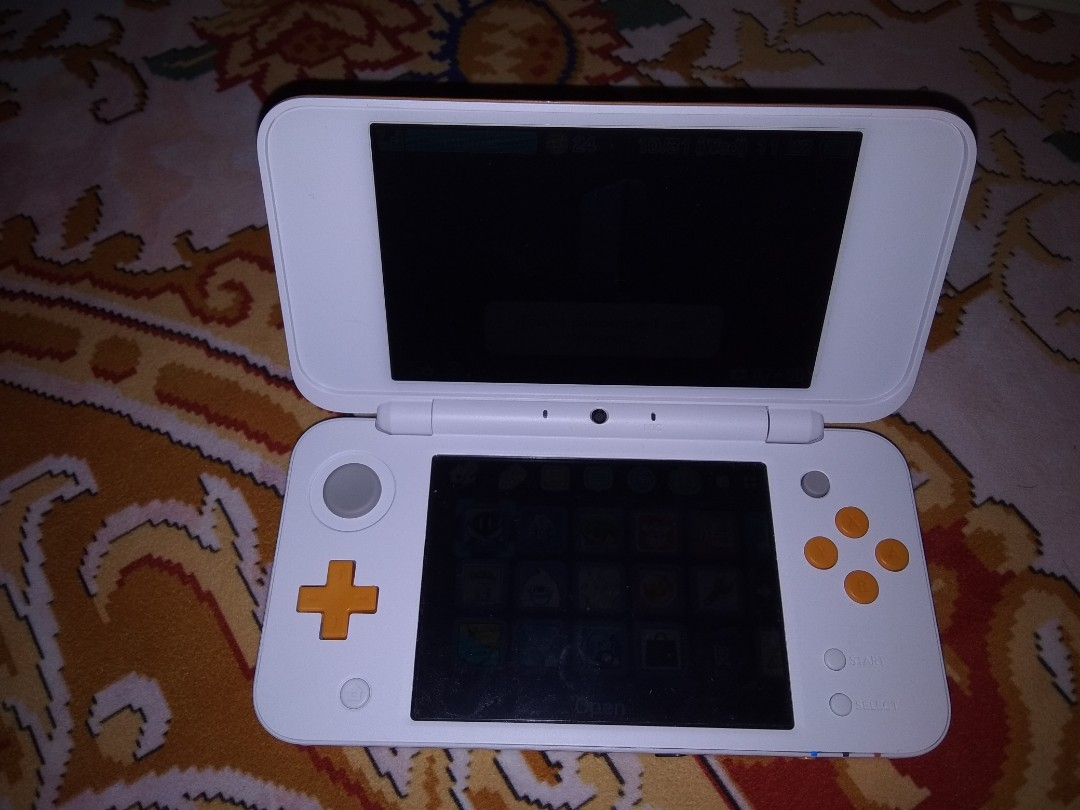 New 2ds xl modified plus r4 card