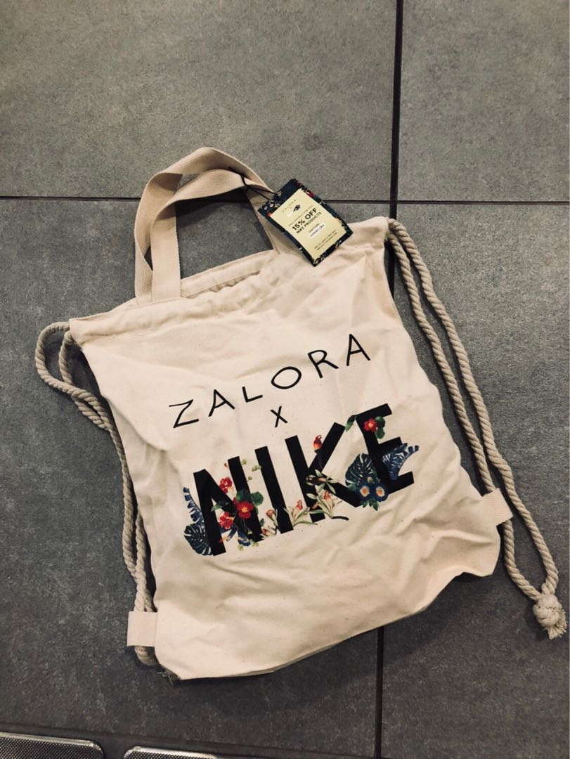 2080fb4193f5 Nike x zalora exclusive 2 way tote drawstring canvas bag