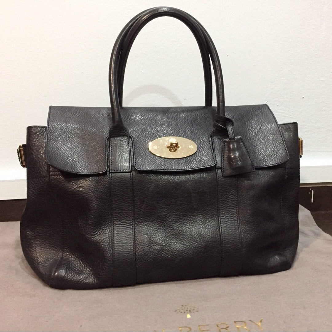 4fed59ed49 Pre-Owned Mulberry Bayswater (large) (rare) Winter SALE!