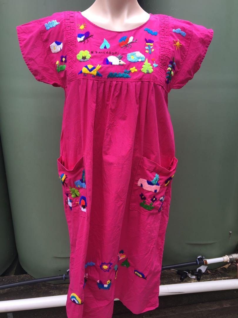 Vintage cotton dress s/m El Salvador hand embroidered