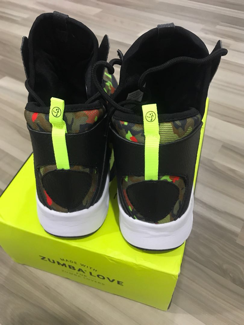 competitive price d20ce ef74d Zumba Air Classic Remix Shoes Size US 8 EU 39 Fit for sz wearing 338-39,  Sports, Sports Apparel on Carousell