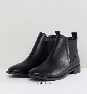 RAID - Black Chelsea Boots