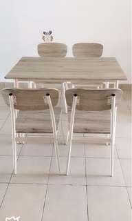 Meja makan dengan kerusi4