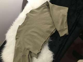 F21 olive cropped crew neck long sleeve